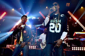 Snoop Dogg Pharrell Williams Snoop Dogg Live at the iHeartRadio Theater Los Angeles