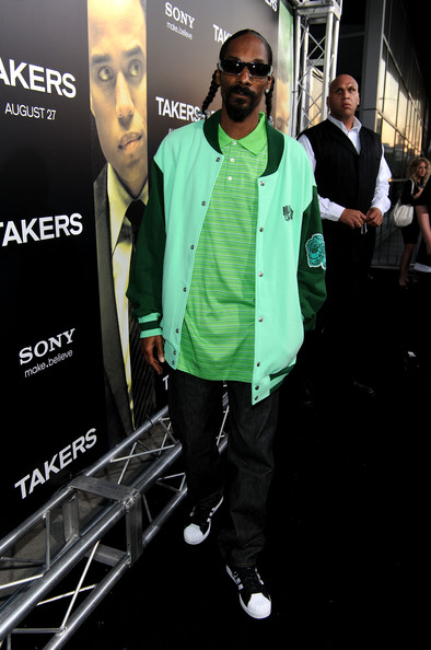 Snoop Dogg Rapper Snoop Dogg arrives at Screen Gems'