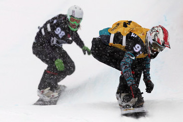 Bell Berghuis Snowboard FIS World Cup