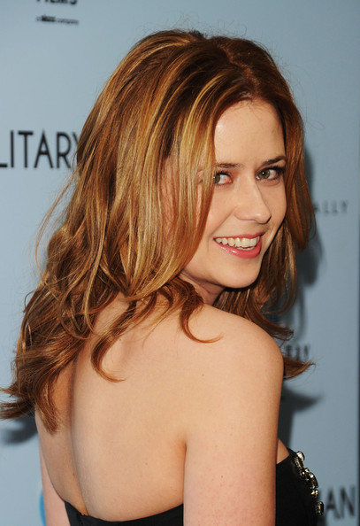 Actress Jenna Fischer attends the premiere of