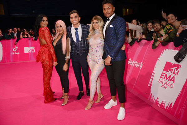 MTV EMAs 2018 - VIP Arrivals [red carpet,red,event,carpet,pink,flooring,fashion,premiere,dress,fashion design,arrivals,emas 2018,abbie holborn,chloe ferry,nathan henry,sam gowland,sophie kasaei,l-r,bilbao exhibition centre,mtv]