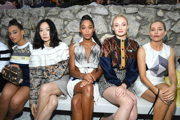 Sophie Turner Louis Vuitton 2019 Cruise Collection: Front Row