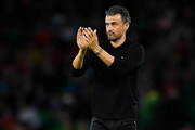 Luis Enrique, manager of Spain looks on during the UEFA Nations League A group Four match between Spain and England at Estadio Benito Villamarin on October 15, 2018 in Seville, Spain.