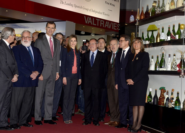 Princess Letizia of Spain (C) and Prince Felipe of Spain (3rdL) attend the 'Alimentaria' gastronomic fair at the Fira Gran Via 2 on March 31, 2014 in Barcelona, Spain.