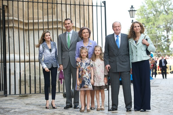 Spanish Royals (L-R) Princess Letizia of Spain, Prince Felipe of Spain, Queen Sofia of Spain, Princess Sofia of Spain, Princess Leonor of Spain, King Juan Carlos of Spain and Princess Elena of Spain attend the Easter Mass at the Cathedral of Palma de Mallorca on April 20, 2014 in Palma de Mallorca, Spain.