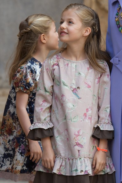 Princess Sofia of Spain (L) and Princess Leonor of Spain (R) attend the Easter Mass at the Cathedral of Palma de Mallorca on April 20, 2014 in Palma de Mallorca, Spain.