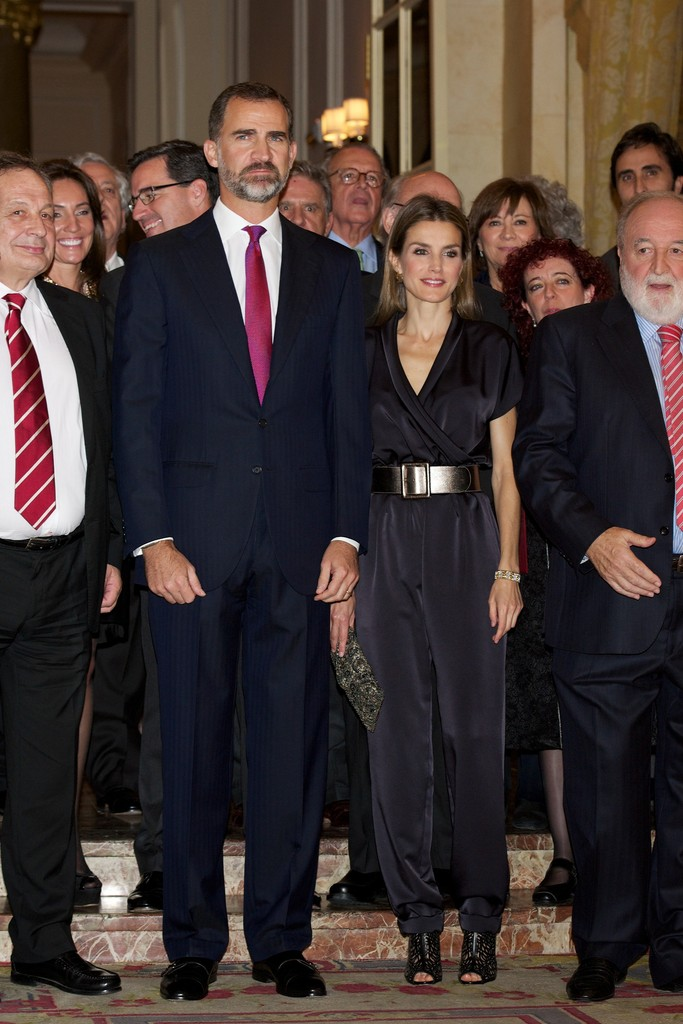 Letizia, Princesa de Asturias (III) (FORO CLAUSURADO) Spanish+Royals+Attend+Francisco+Cerecedo+Journalism+UHW37nlsh8Ox