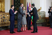 Luis Aute, son of Luis Eduardo Aute (r) receives the Gold Medal of Merit in Fine Arts 2017 from King Felipe VI of Spain and Queen Letizia of Spain on February 18, 2018 in Cordoba, Spain.