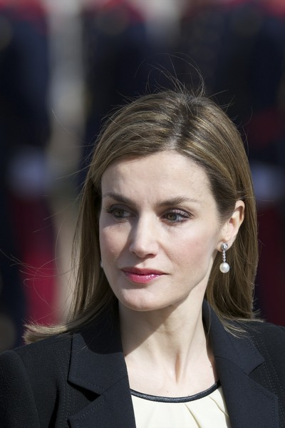 Queen Letizia of Spain waits to receive the President of Colombia Juan Manuel Santos (not pictured) and Maria Clemencia Rodriguez de Santos (not pictured) at El Pardo Royal Palace on March 1, 2015 in Madrid, Spain.