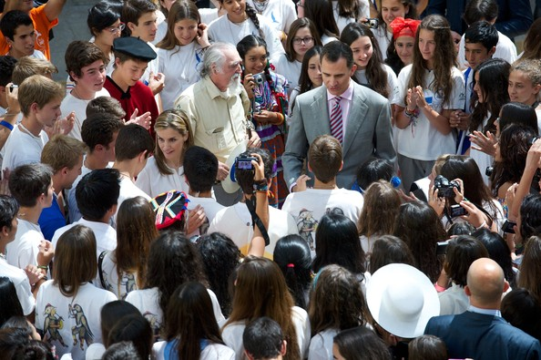 King Felipe VI of Spain (R) and Queen Letizia of Spain (L) attend a reception to members of the 'Ruta Quetzal BBVA 2014' expedition at El Pardo Palace on July 21, 2014 in Madrid, Spain.