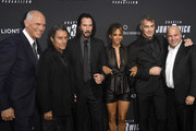 Halle Berry and Keanu Reeves Photos Photo