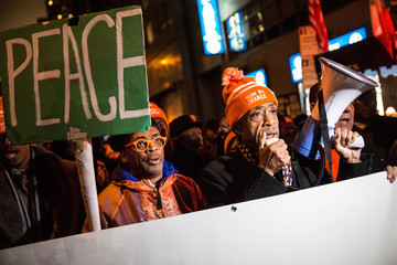 Spike Lee Al Sharpton Al Sharpton, Spike Lee Lead Gun Violence Protest after 'Chi-raq' Premiere in NYC