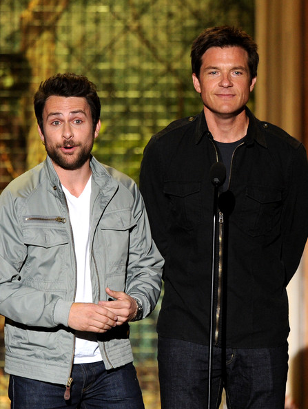 "Actors Charlie Day (L) and Jason Bateman present the Decade of Hotness award onstage during Spike TV's 5th annual 2011 ""Guys Choice"" Awards at Sony Pictures Studios on June 4, 2011 in Culver City, California."