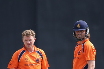 Bas Zuiderent Sri Lanka v Netherlands - 2011 ICC World Cup Warm Up Game