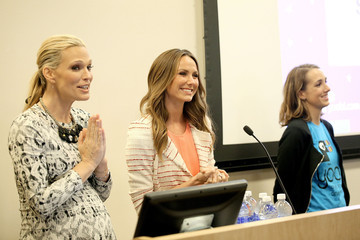 Stacy Keibler Yoobi & Starlight Childre's Foundation Give Event - CHLA