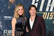 """Rebecca Romijn and Jerry O'Connell attend """"Star Trek: Discovery"""" Season 2 Premiere at Conrad New York on January 17, 2019 in New York City."""