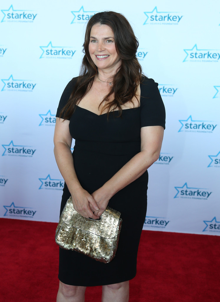 Prime Acura North >> Julia Ormond - Julia Ormond Photos - Starkey Hearing Foundation 2015 So the World May Hear Gala ...