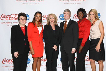 Sharon Byers Stars Join Coca-Cola, NCAA To Honor Title IX 40th Anniversary
