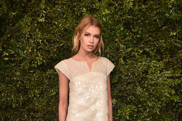 Stella Maxwell Charles Finch And Chanel Pre-Oscar Awards Dinner At Madeo In Beverly Hills - Arrivals