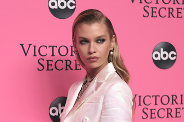 Stella Maxwell Victoria's Secret Viewing Party - Arrivals