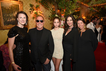 Stellene Volandes Town & Country 2018 New Modern Swans Celebration With Michael Kors, Catherine Zeta-Jones, And Carys Douglas