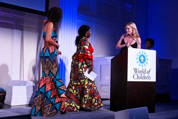 Stephanie March 2019 World Of Children Awards Ceremony And Benefit
