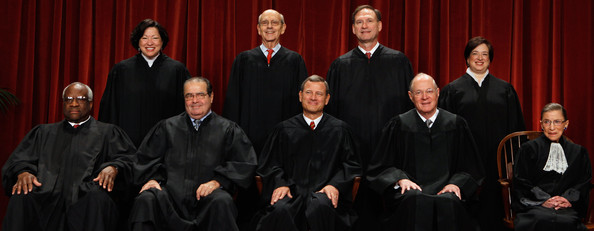 "Elena Kagan and Stephen Breyer - New U.S. Supreme Court Poses For ""Class Photo"""