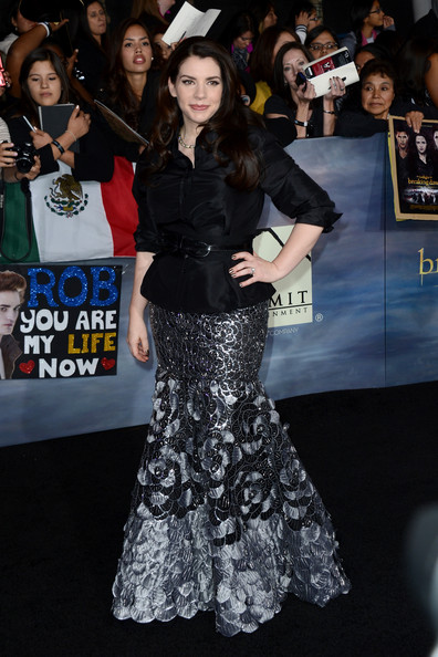 Stephenie Meyer - The Red Carpet at the 'Breaking Dawn' Premiere