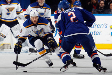 Steve Ott St Louis Blues v New York Islanders