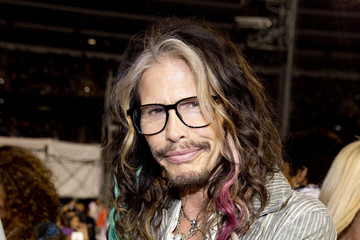 Steven Tyler D'usse VIP Riser + Lounge in Chicago
