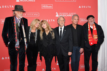 Stevie Nicks Christine McVie 2018 MusiCares Person of the Year Honoring Fleetwood Mac - Arrivals