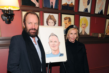 Sting Sting's Caricature Unveiling