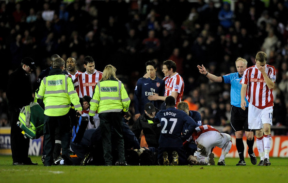 Ryan Shawcross of Stoke City is sent off by Referee Peter Walton for a challenge on Aaron Ramsey of Arsenal during the Barclays Premier League match between Stoke C
