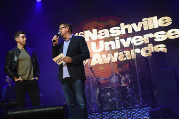 Storme Warren 2016 Nashville Universe Awards