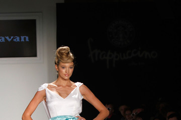 Kylie Bisutti Style 360's Express Your Love Sponsored by Starbucks Frappuccino - Runway