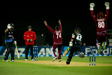 Sunil Narine New Zealand v West Indies
