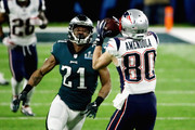 Danny Amendola #80 of the New England Patriots catches a pass against Patrick Robinson #21 of the Philadelphia Eagles in the first half of Super Bowl LII at U.S. Bank Stadium on February 4, 2018 in Minneapolis, Minnesota.