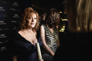 Susan Sarandon Kering and Cannes Festival Official Dinner : Photocall at the 69th Cannes Film Festival