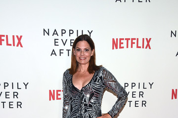 """Suzanne Cryer Special Screening Of Netflix's """"Nappily Ever After"""" - Arrivals"""