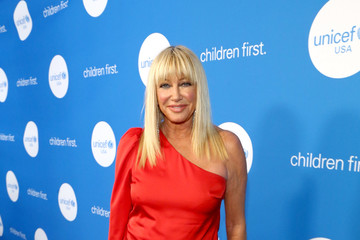 Suzanne Somers Seventh Biennial UNICEF Ball: Los Angeles - Red Carpet