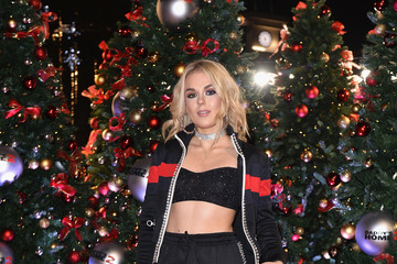 Tallia Storm UK Premiere of 'Daddy's Home 2'