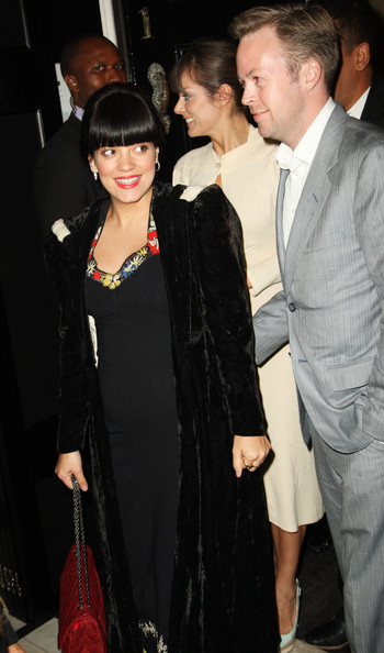 lily allen dating sam cooper Lily allen has a new reason to smile the pop star and her husband, sam cooper, welcomed a daughter on.
