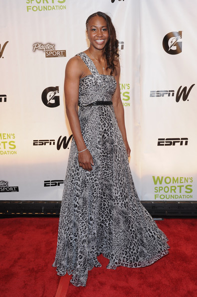 Tamika Catching at 32nd Annual Salute To Women In Sports