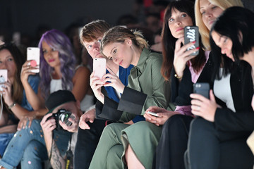 Tara Swennen Noon by Noor - Front Row - September 2017 - New York Fashion Week: The Shows