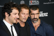 (L-R) Fahri Yardim, Til Schweiger and Erdal Yildiz attend the 'Tatort - Der Grosse Schmerz' premiere in Berlin at Kino Babylon on December 16, 2015 in Berlin, Germany.