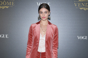 Taylor Hill Irving Penn Exhibition Private Viewing Hosted by Vogue - Paris Fashion Week Womenswear S/S 2018