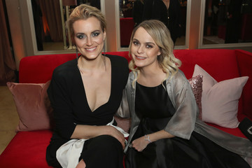 Taylor Schilling Netflix Hosts the SAG After Party at the Sunset Tower Hotel