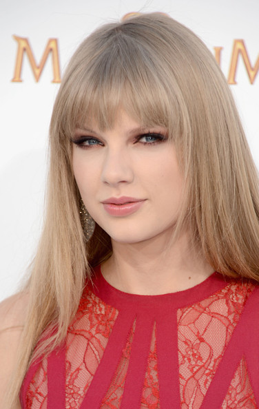 Taylor Swift - 2012 Billboard Music Awards - Arrivals