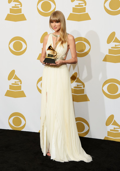 Taylor+Swift+55th+Annual+GRAMMY+Awards+Press+uNsoH7qZ7awl.jpg
