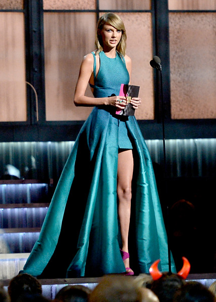 57th GRAMMY Awards - Show [dress,clothing,gown,turquoise,fashion model,lady,formal wear,fashion,shoulder,a-line,taylor swift,grammy awards,california,los angeles,staples center,show,57th annual grammy awards]
